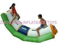 High Density 0.9mm High Dtrength PVC Inflatable Water Totter Popular in Kids and Adults